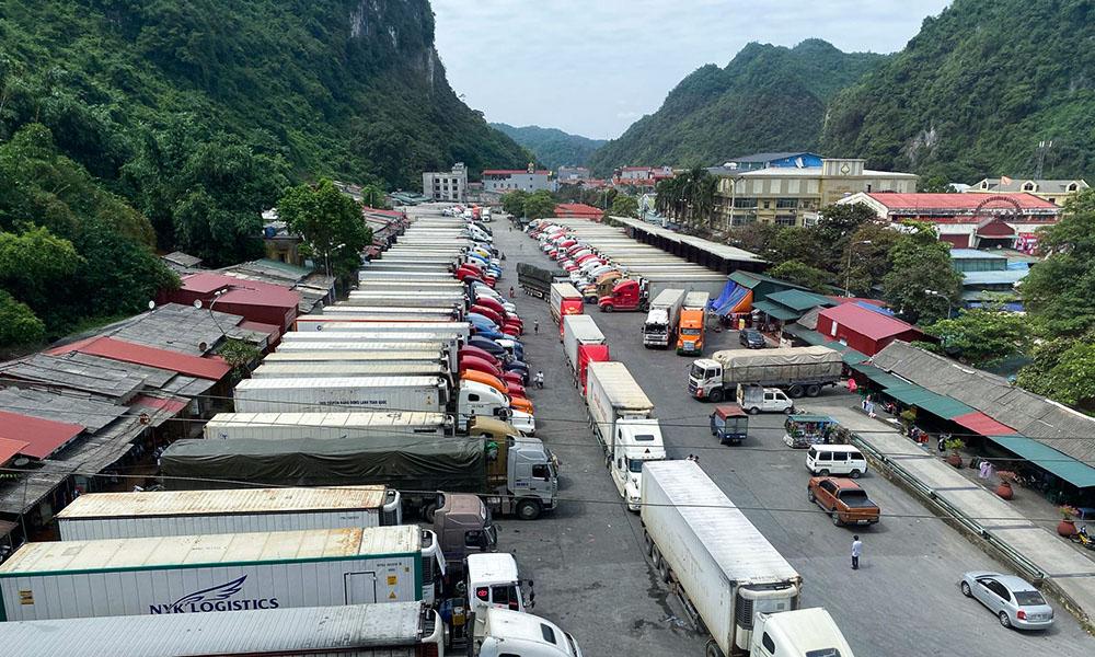 Trung Quốc chỉ đóng cửa hàng tiểu ngạch