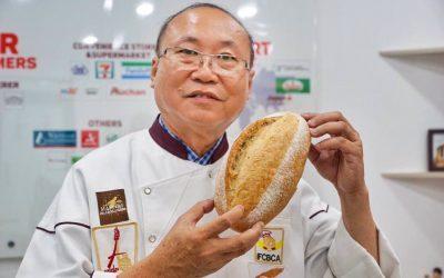 Kao Siêu Lực làm bánh mì thanh long, giải cứu nông sản